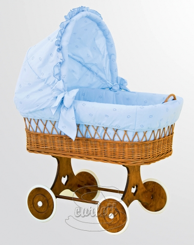 Proutěný koš na miminko s boudičkou Méďa modrý Scarlett